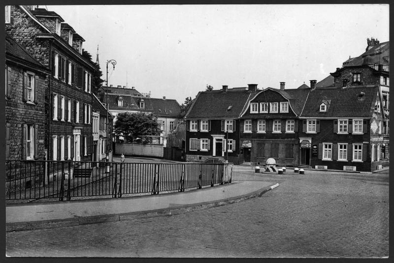 Brucher Platz in Wuppertal with birthplace of Friedrich Engels